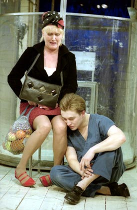 http://media.theatre.ru/photo/1588.jpg
