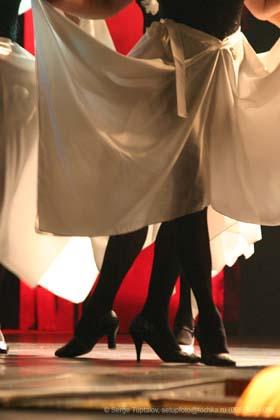 "Спектакль: <b><i>Безразмерное Ким-танго</i></b><br /><span class=""normal""><br /><i></i><br /><span class=""small"">© Сергей Тупталов</span></span>"
