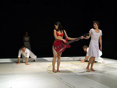 http://media.theatre.ru/photo/36217.jpg