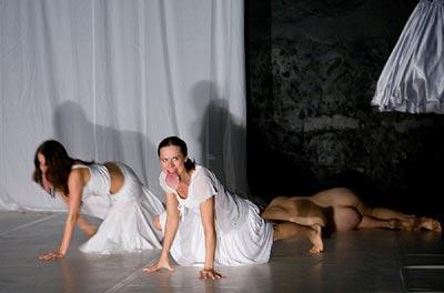 http://media.theatre.ru/photo/36691.jpg