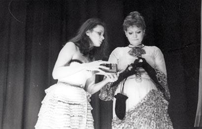 """Спектакль: <b><i>Чехонте в«Эрмитаже»</i></b><br /><span class=""""normal"""">Любовь Полищук<br />Наталья Дугина<br /><i></i></span>"""