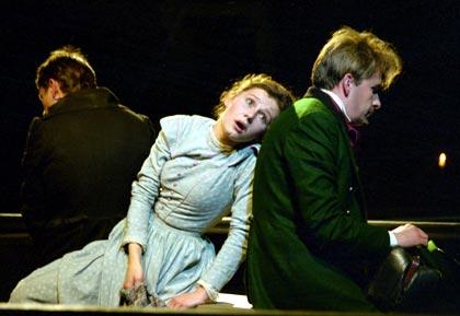 http://media.theatre.ru/photo/4946.jpg