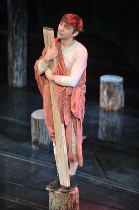http://media.theatre.ru/photo/69779.jpg